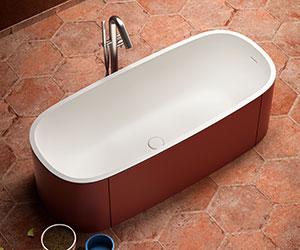 Bath - BlondeCrazy
